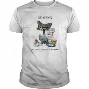 Black cat reading because murder is wrong  Classic Men's T-shirt