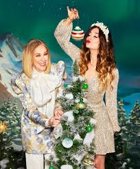 Annie Murphy and Catherine OHara Star in the Hudsons Bay Holiday Campaign