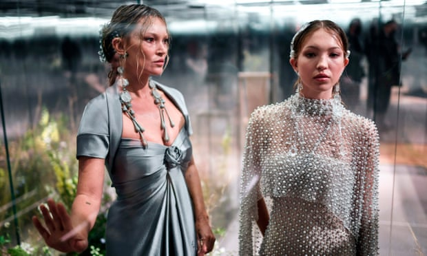 Kate Moss and daughter Lila grace catwalk