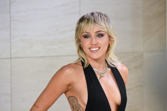 Miley Cyrus Reveals Why She's More Into Women Than Men 'Girls Are Way Hotter'