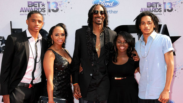 Snoop Dogg's Kids Meet His 4 ChildrenFrom Oldest To Youngest
